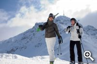 Skifahrer in den Kitzbühler Alpen